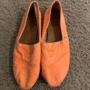 Electric Orange Toms size 7 shoes